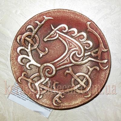 """Декоративная тарелка """"Конь"""" в золоте купить на подарок"""